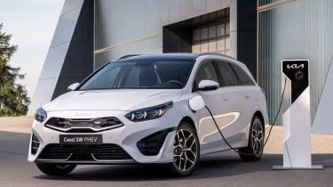 Kia Ceed SW facelift - charging