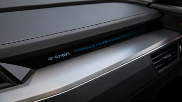 Audi e-tron - dashboard