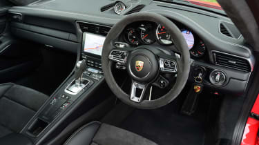 Porsche 911 Turbo S - dash