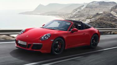 Porsche 911 Targa 4 GTS - front