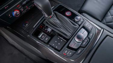 Audi S6 saloon 2014 gearstick