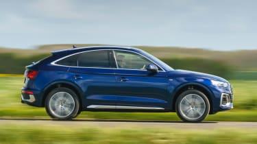 Audi Q5 Sportback - side action