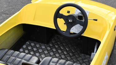 Kid Drivers - interior