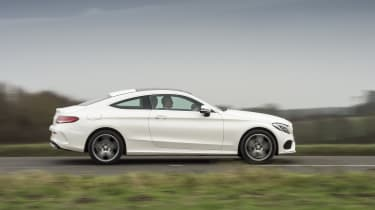 Mercedes C-Class Coupe C250d AMG Line - side tracking