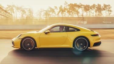 Porsche 911 - side