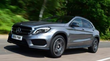 Mercedes GLA - front action