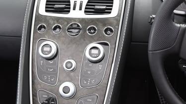 Aston Martin Vanquish S Volante - centre console
