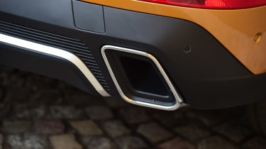 DS 7 Crossback - exhaust
