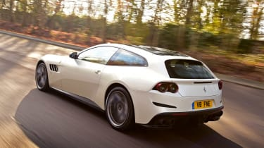 Ferrari GTC4 Lusso T - rear tracking