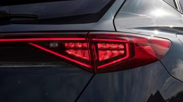 Cupra Formentor e-Hybrid - rear light