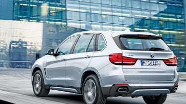 BMW X5 xDrive40e - rear action