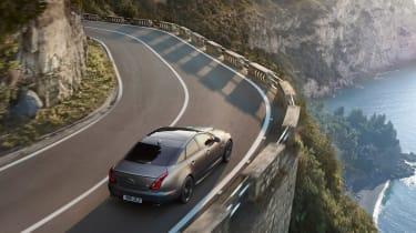 Jaguar XJR575 - high