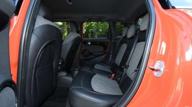 MINI Cooper 5-Door - back seats