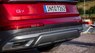 Audi Q7 55 TFSI - rear