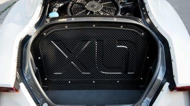 Volkswagen XL1 - boot space