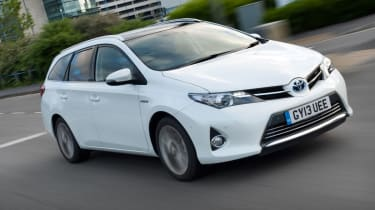 Toyota Auris Touring Sports action