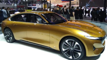 Hybrid Kinetic Group with Pininfarina gold