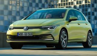 Volkswagen Golf - front tracking