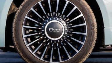 Fiat 500 Mild Hybrid - wheel