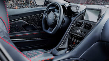 Aston Martin DBS Superleggera - dash