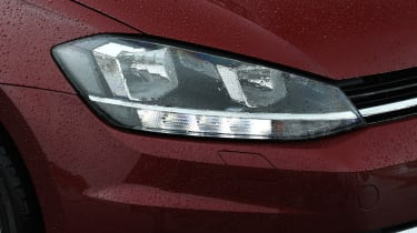 vw golf estate headlight