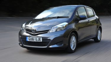 Toyota Yaris 1.0 front tracking