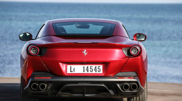 Ferrari Portofino - full rear static roof closed