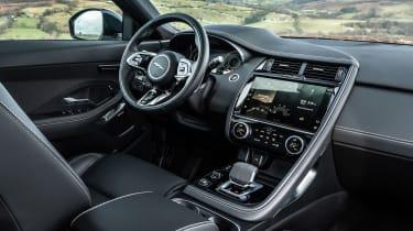 Jaguar E-Pace PHEV - dash