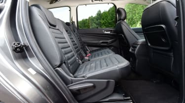 Ford Galaxy - middle row seats