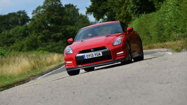Nissan GT-R 2013 front action