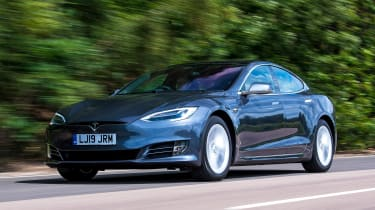 Tesla Model S Long Range - front tracking
