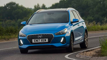 Hyundai i30 Tourer - front action