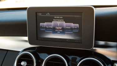 Used Mercedes C-Class Mk4 - infotainment