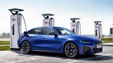 BMW i4 - charging