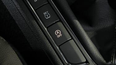 Skoda Superb Estate 1.6 TDI GreenLine buttons