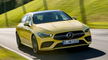 Mercedes-AMG CLA 35 Shooting Brake - front action
