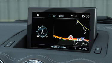 Peugeot RCZ interior screen