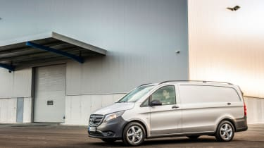 Mercedes Vito van 2015 - side static
