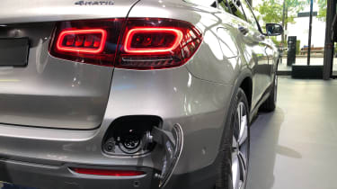 Mercedes GLC 300 e - rear light