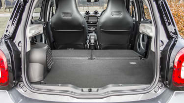 Smart Brabus ForFour 2017 - boot seats down
