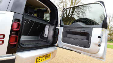 Land Rover Defender 90 D250 - boot door