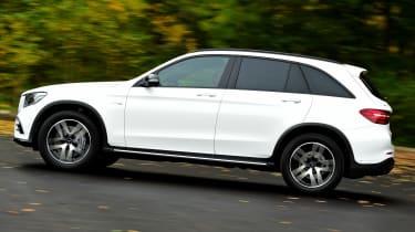 Mercedes-AMG GLC 43 - side tracking