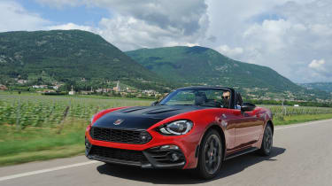 Abarth 124 Spider - red front driving
