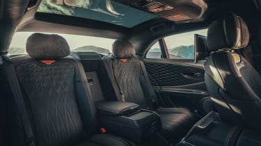 Bentley Flying Spur - rear seats