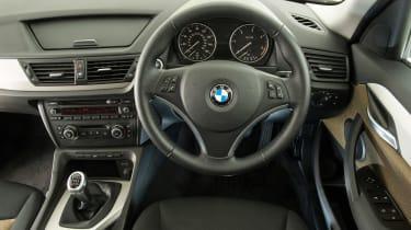 BMW X1 Mk1 - dash