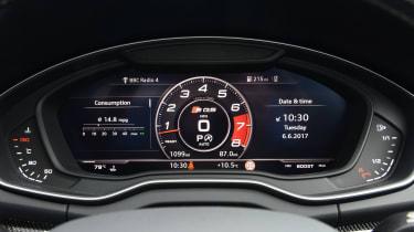New Audi SQ5 2017 review UK - speedometer