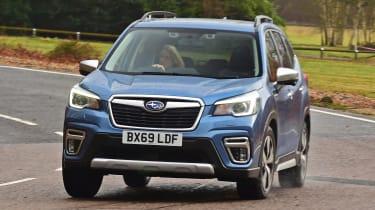 Subaru Forester e-Boxer - front action