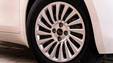 Fiat 500 Action - wheel