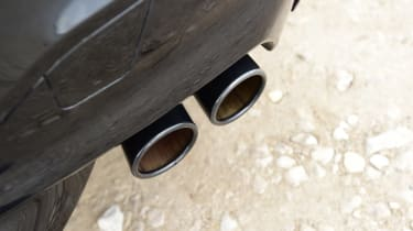 BMW M5 - exhaust