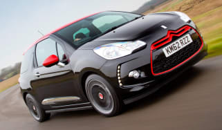 Citroen DS3 Red Edition front cornering